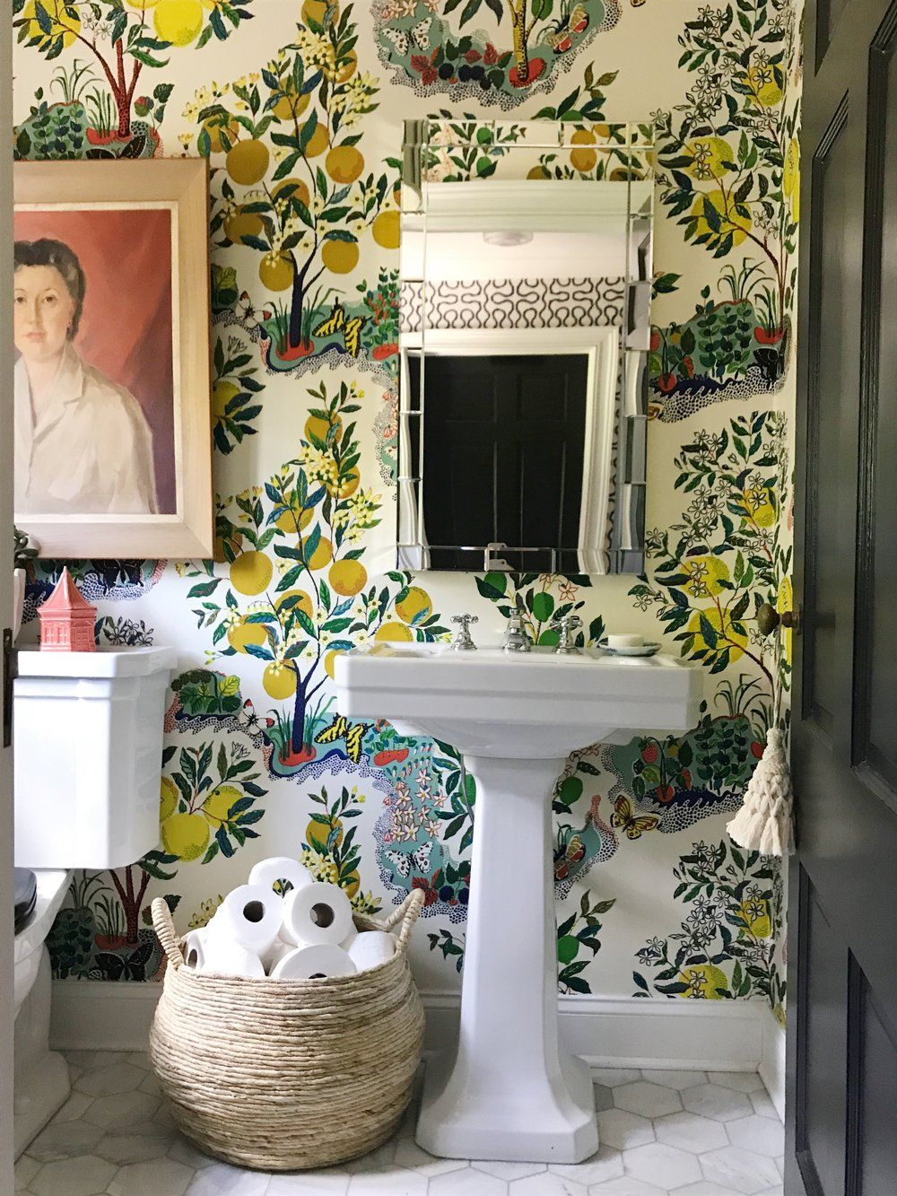 Posts From Pencil Paper Co For 07 18 17 Powder Room Decor Bathroom Under Stairs Powder Room Wallpaper