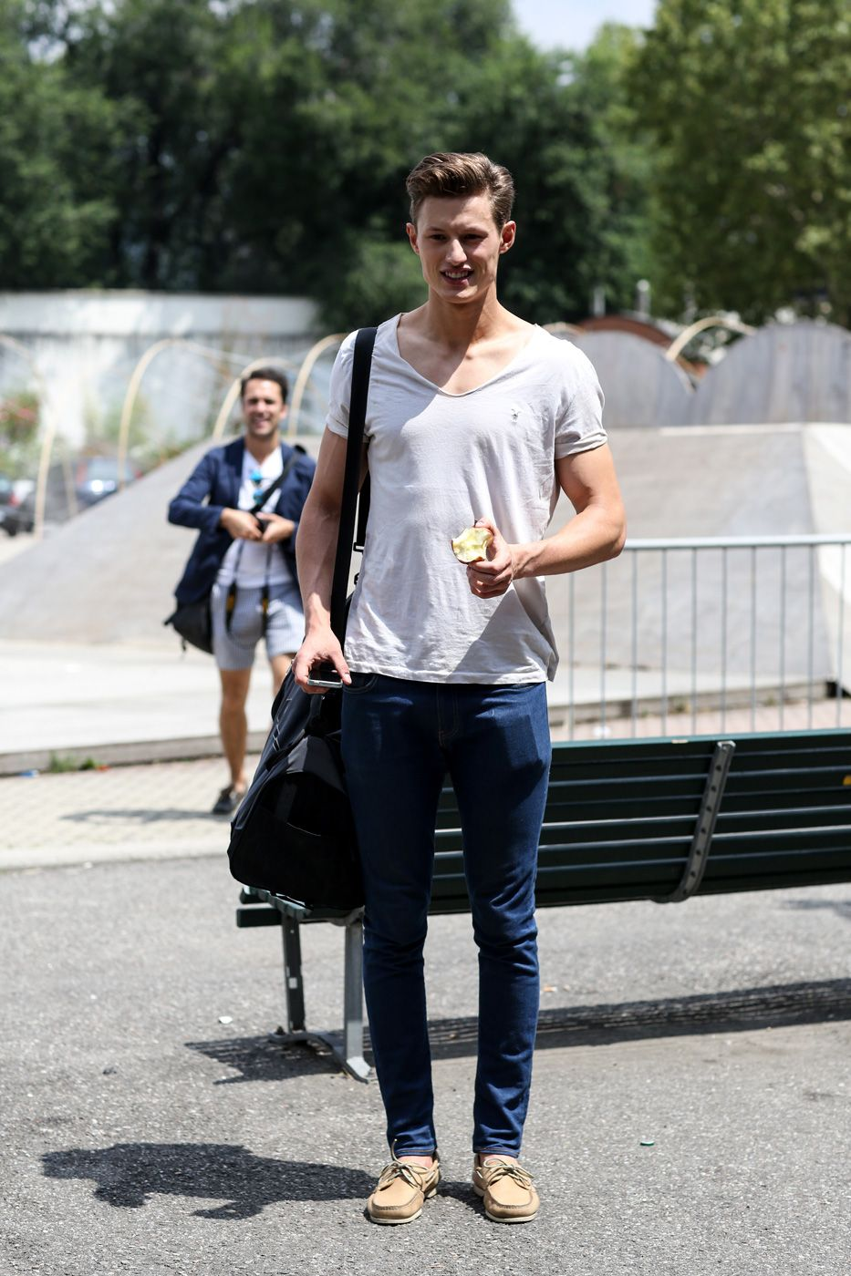 street-style-milan-mens-shows-day-3-the-impression-june-2014-001.jpg 933×1400 pikseli