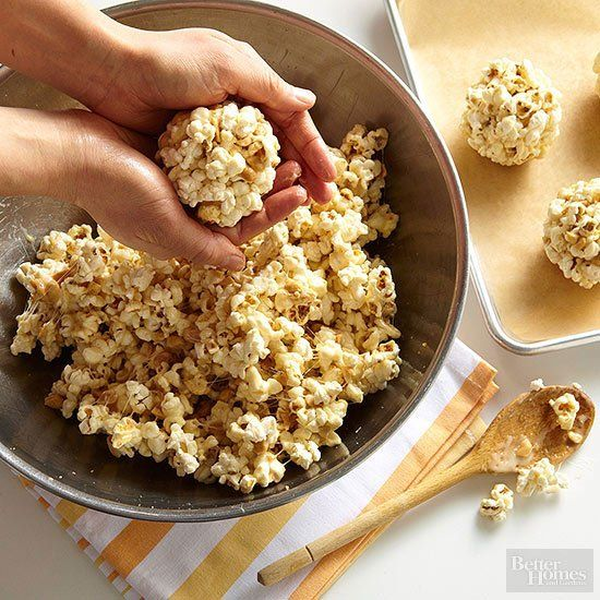 How to Make Popcorn Balls #popcornballs