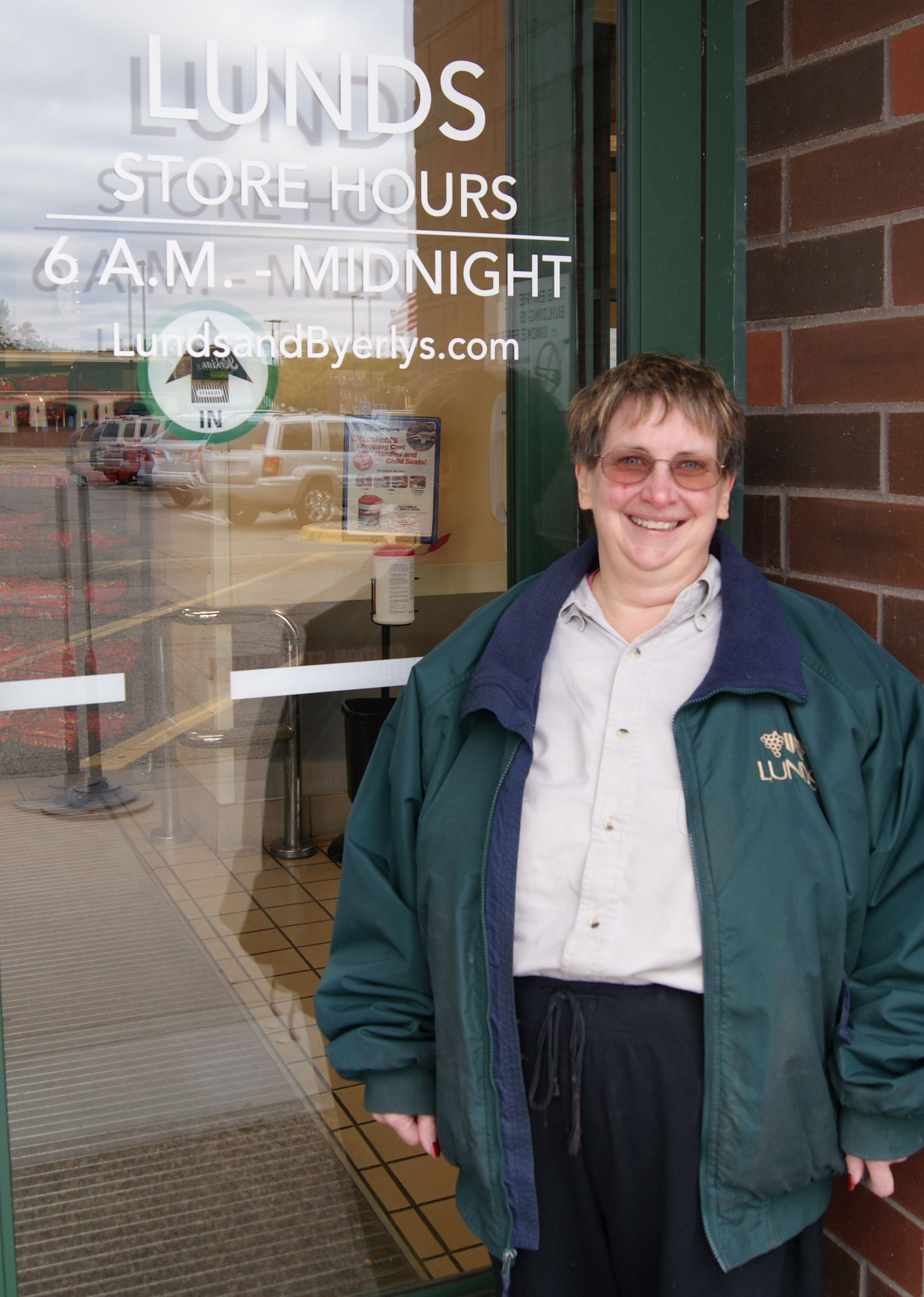 """In honor of National Disability Employment Awareness Month, we would like to thank @Lunds and Byerly's for supporting employment for people with disabilities. Trish (pictured) has worked at Lunds - Bloomington for about one year and loves her job. Her managers and co-workers provide a great support system to help her succeed. """"The people here are like family,"""" says Trish. Thank you Lunds! #NDEAM"""