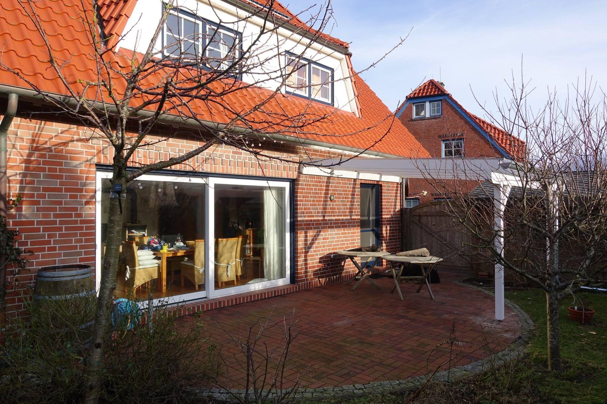 Der Garten von unserem Ferienhaus Ferienhaus, Haus am