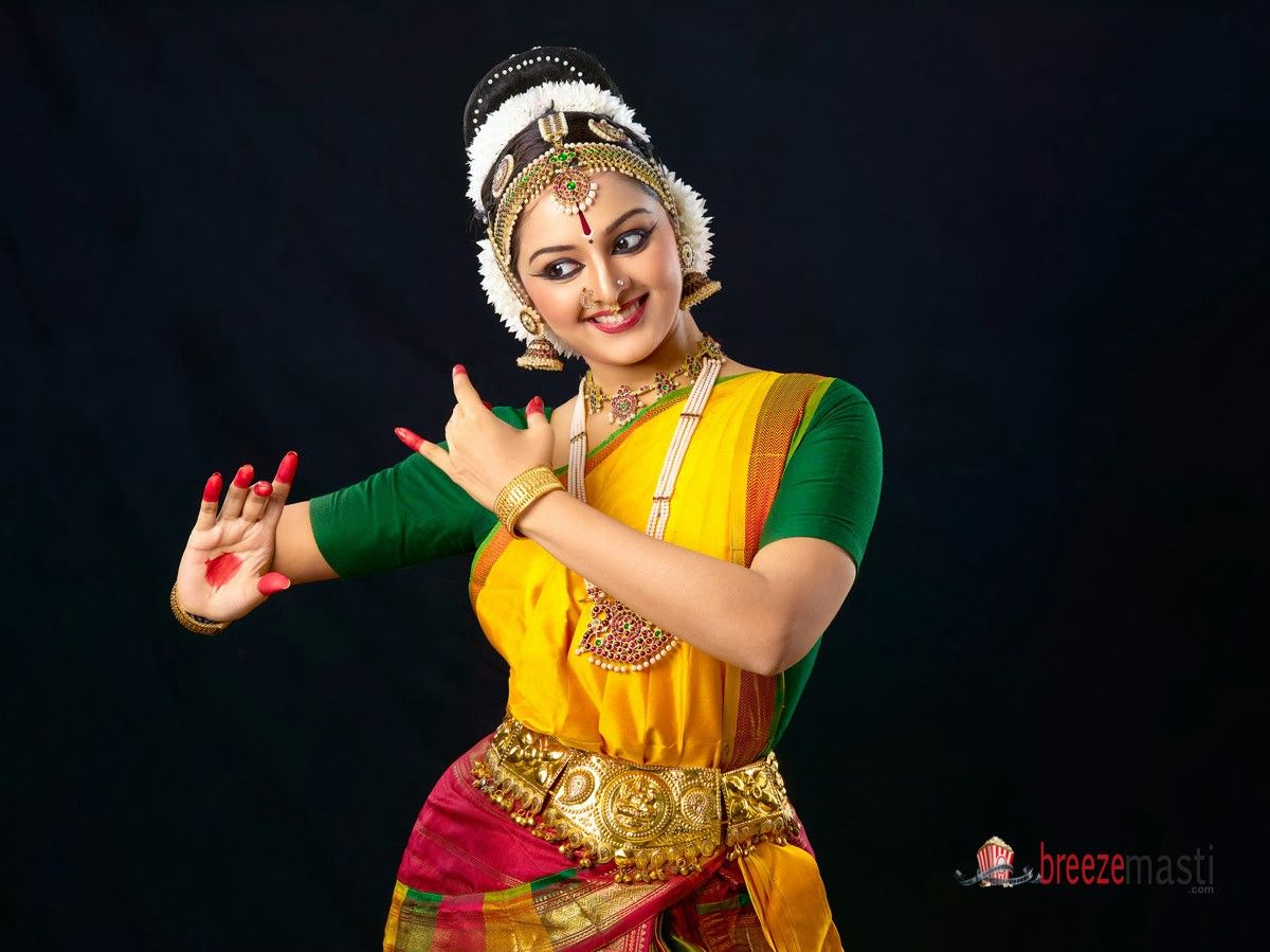 manju warrier latest stills | malayalam film actresses | pinterest