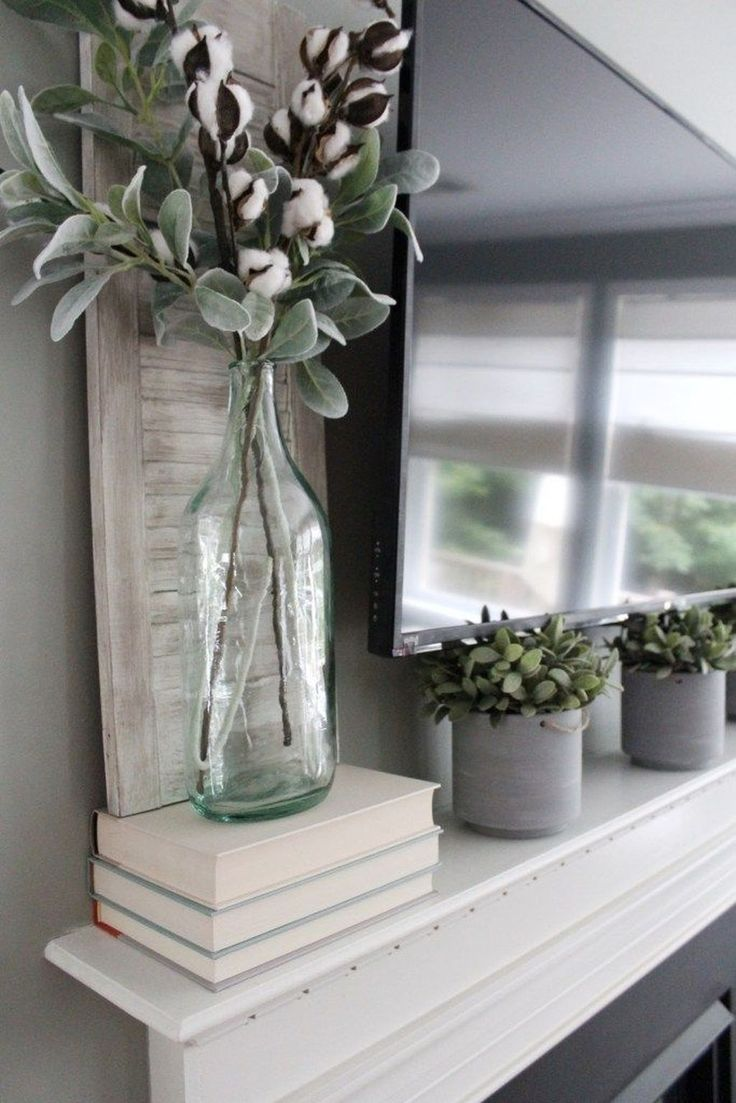 30+ Popular Farmhouse Mantel Decorating Ideas #fallmantledecor