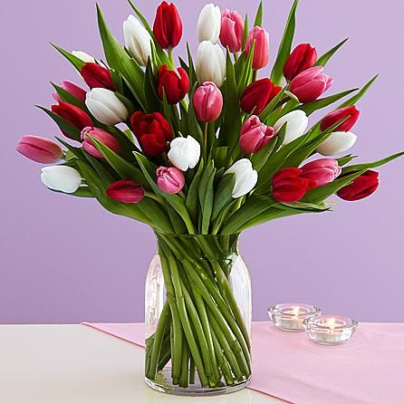 30 Sweetheart Tulips And Other Flowers Plants At Proflowers Com The Actual Flowers I Got For Valentine S Day 2015 Tulips Flower Arrangements Tulip Bouquet