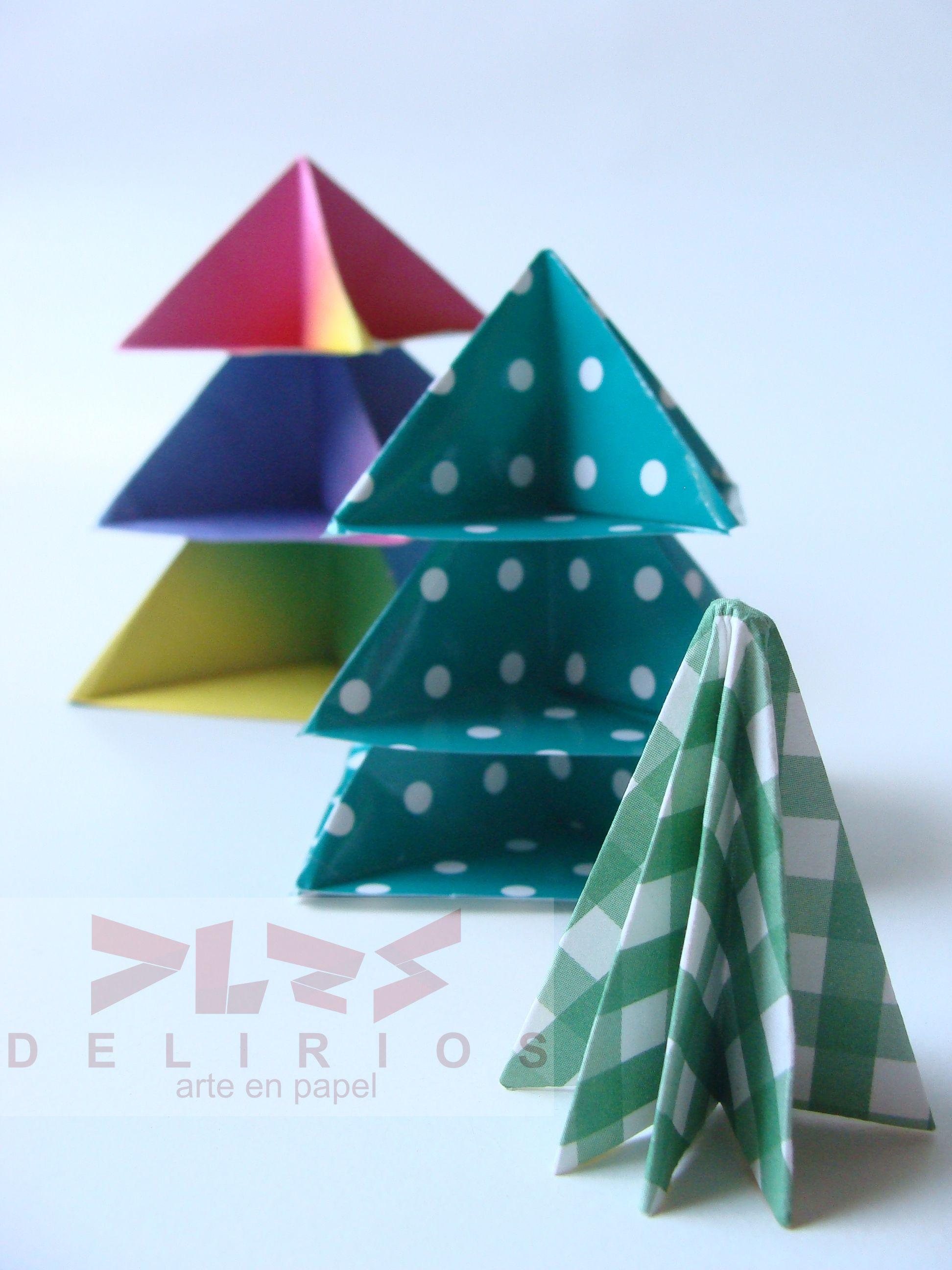 Distintos árboles en Origami para plegar en Navidad.