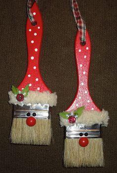 Weihnachten, Deko aus Pinsel, Weihnachtsmarkt, Weihnachtsmann, verkaufen, anmalen, malen, Farbe, Deko, dekorieren,  Kinder, mit Kindern,aufhängen,  Tannenbaum,  Christbaum