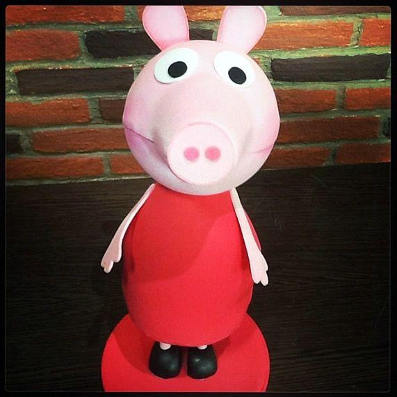 Como fazer boneca Peppa Pig em EVA - Artesanato Brasil