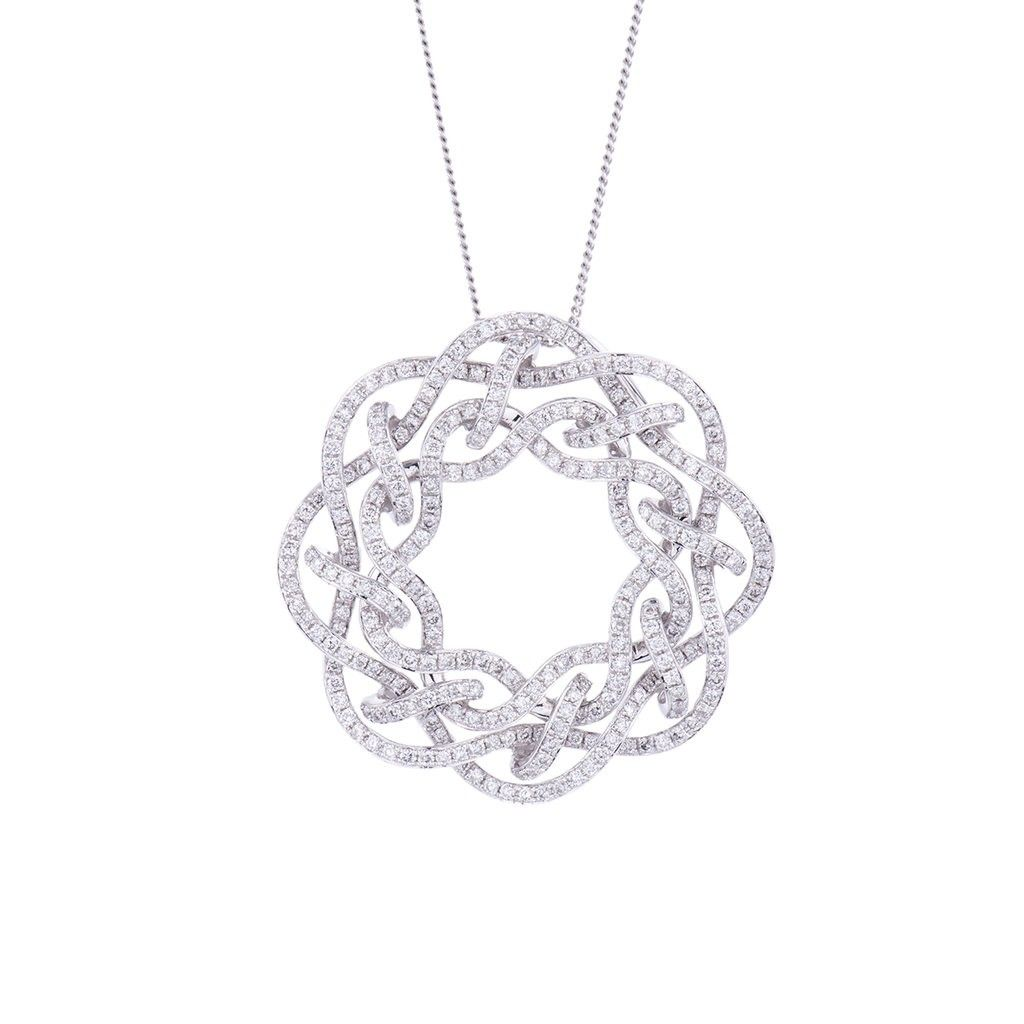 Ct white gold chain and a pendant with multiple round brilliant
