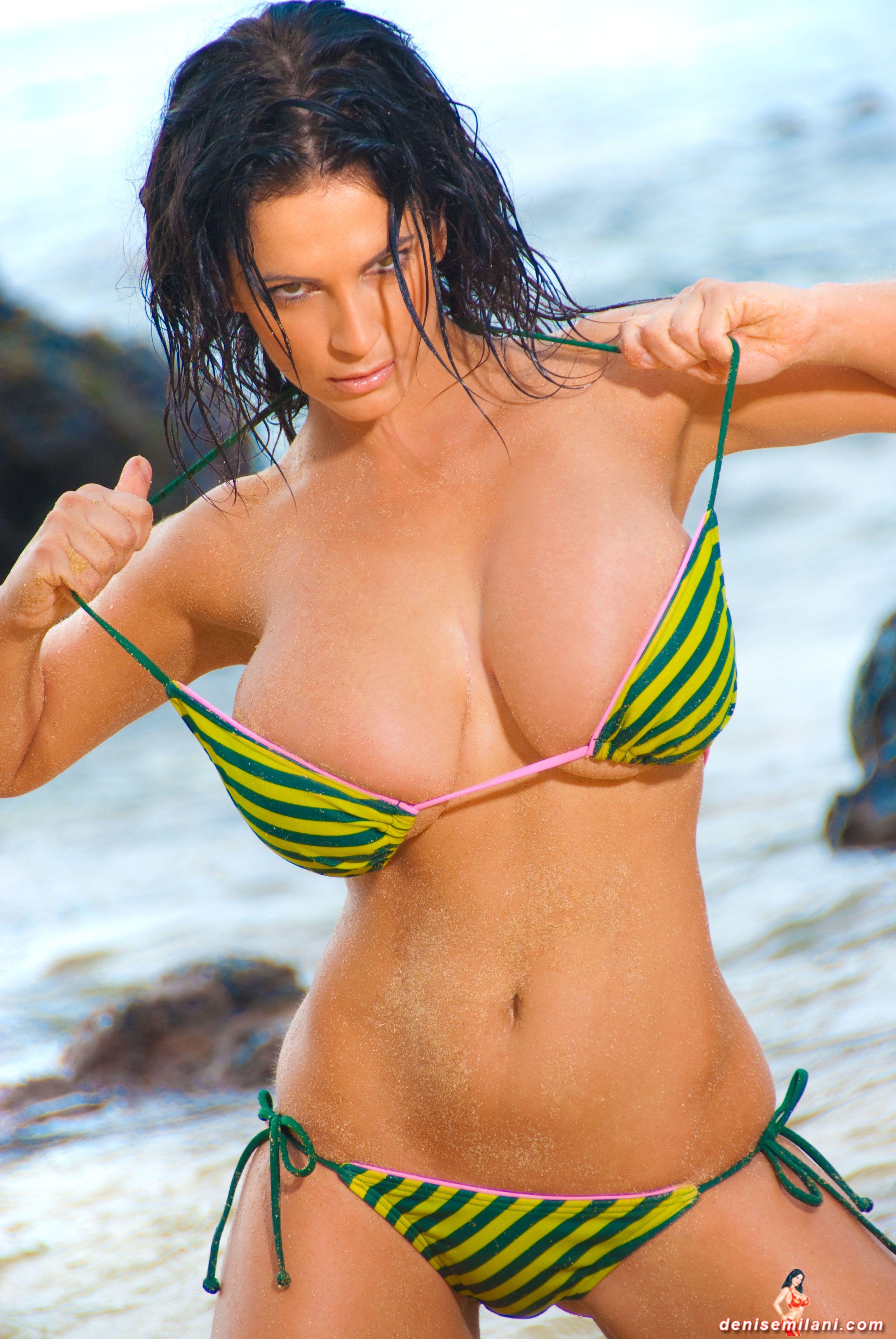 Denise milani green bikini pictures