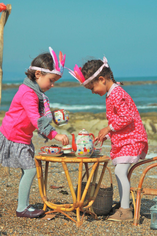 Le thé de l'après-midi sur la plage... Afternoon tea on the beach