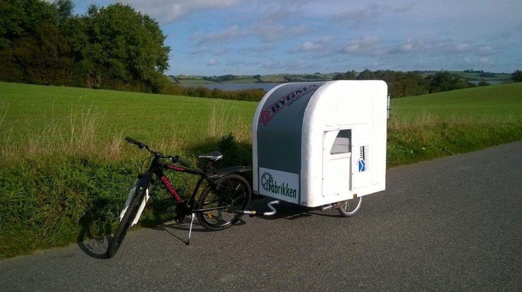 Camping Auf Zwei Radern Ebike Caravan In 2020 Fahrrad Wohnwagen Micro Camper Caravan