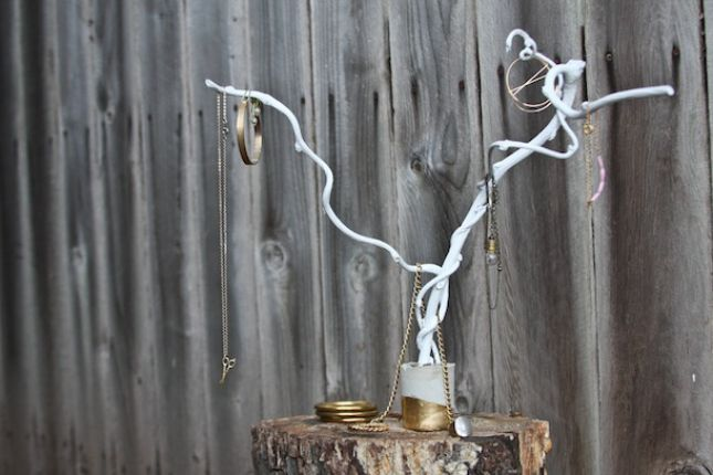 24 Creative Ways To Decorate With Branches