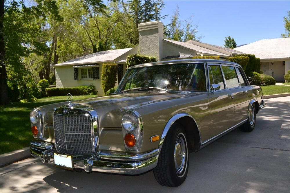 1972 MERCEDES BENZ 600 4 DOOR SEDAN