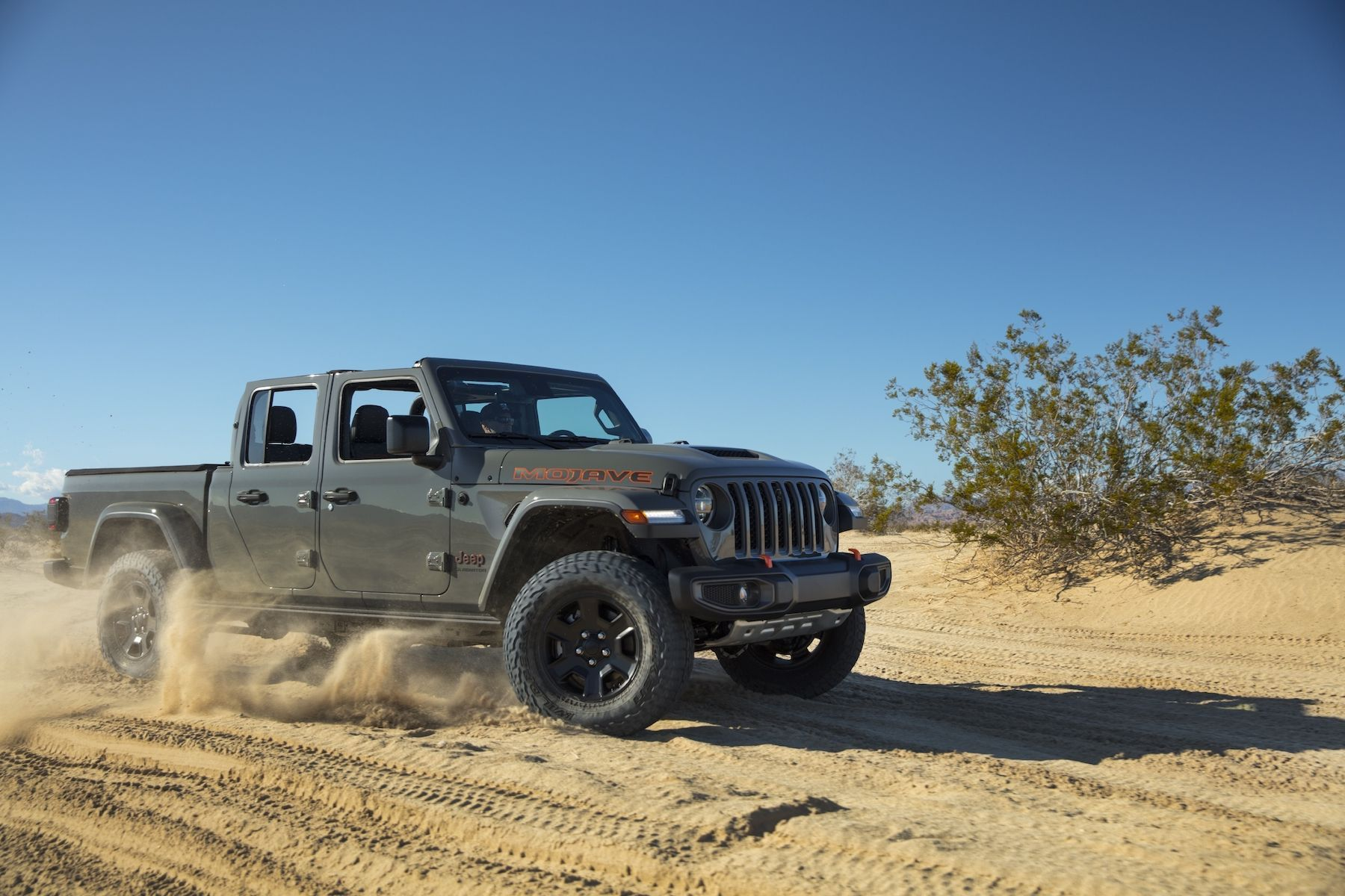 Jeep's 2020 Gladiator Mojave is 'Desert Rated,' not 'Trail