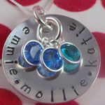 Mommy Necklace idea