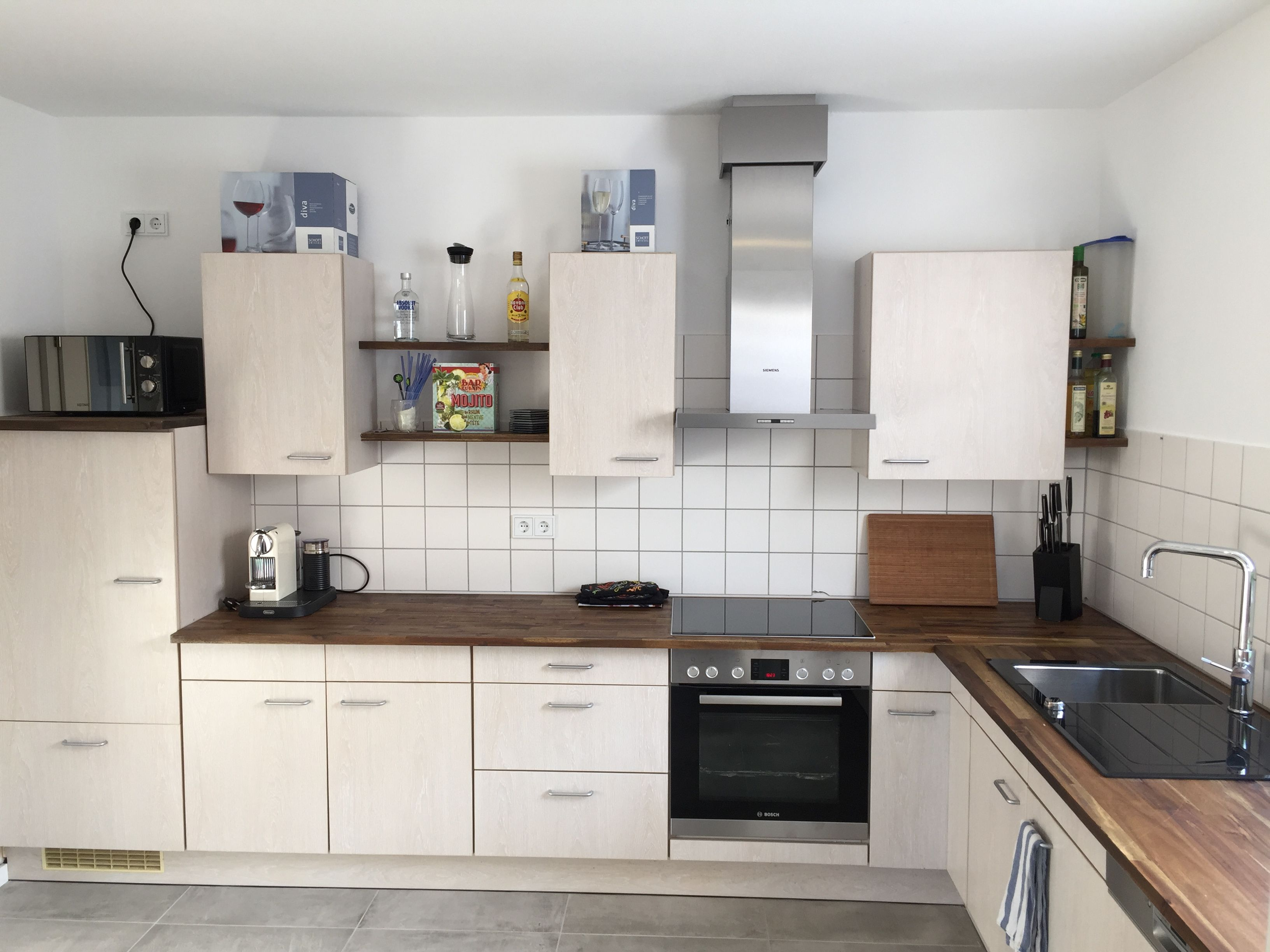 Küchenrenovierung DIY Akazie Arbeitsplatte Grohe Blue