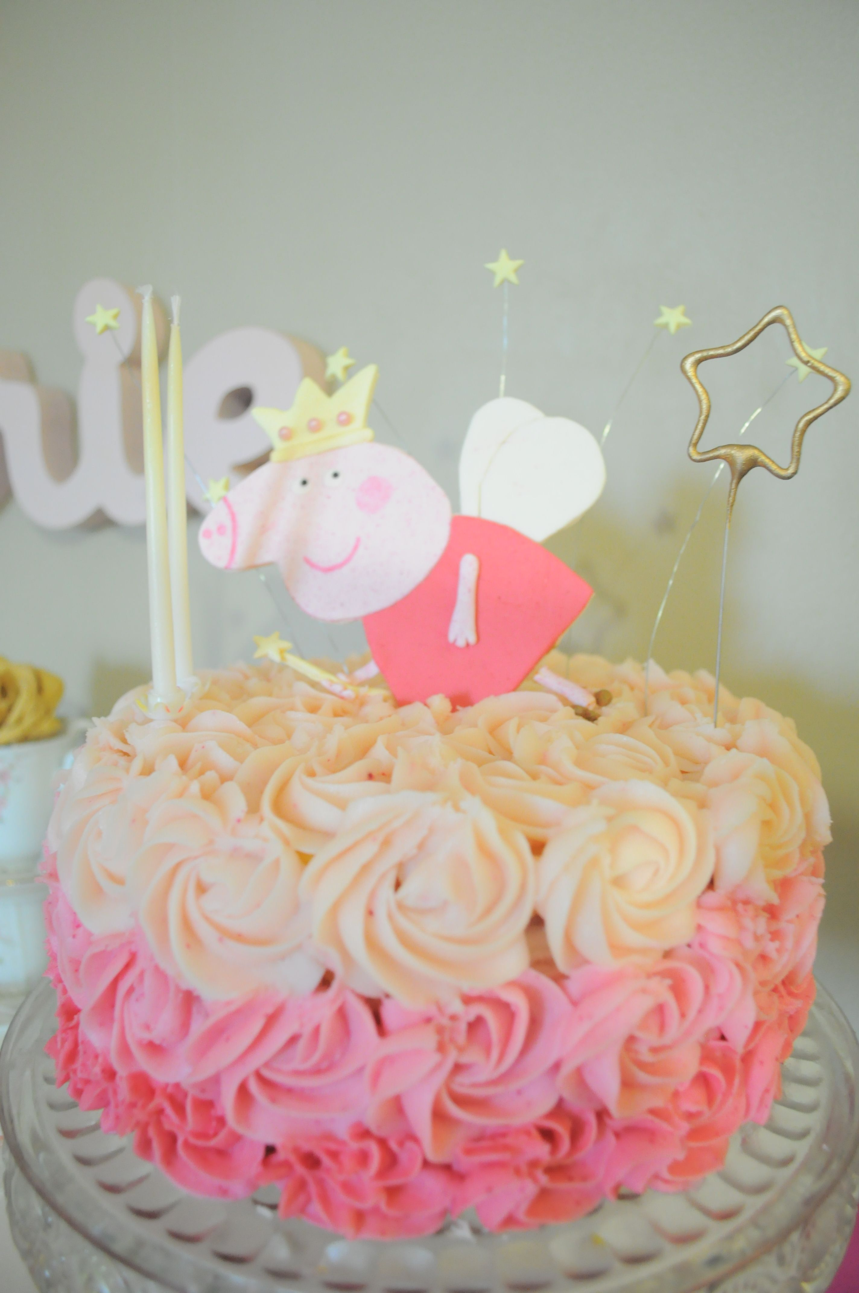 pink ombre cake, Poupette\u0027s birthday peppa pig, 2 years