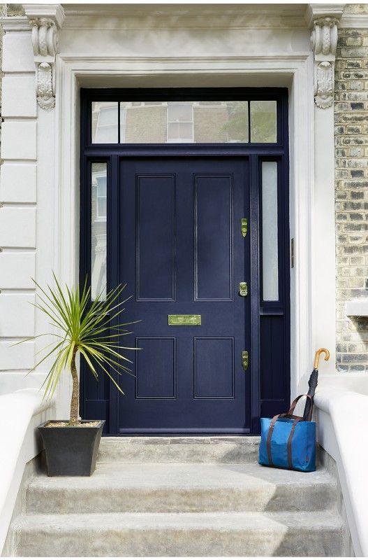 Traditional front door in painted in Dock Blue from Little Greeneu0027s - Peindre Des Portes En Bois