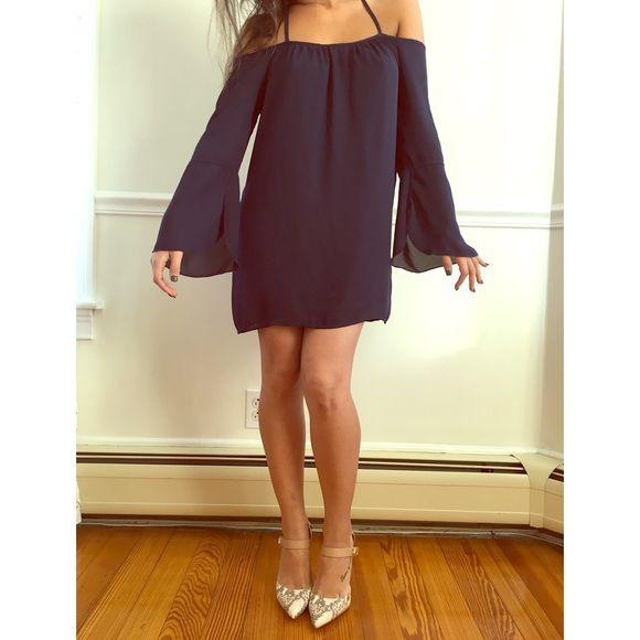 9949897311 NEW Tobi off the shoulder chiffon dress NEW off the shoulder chiffon dress