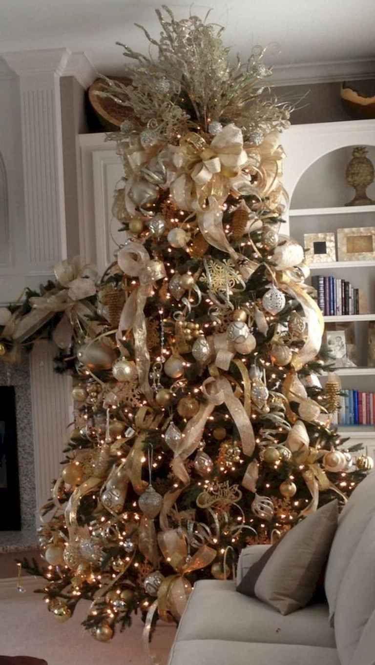 40 Elegant Christmas Tree Decor Ideas (15) Elegant