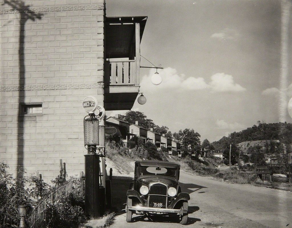 Walker Evans Company Houses And Filling Station On Scotts Run Vicinity Of Morgantown West Virginia 1935 Artsy Walker Evans Walker Evans Photography West Virginia