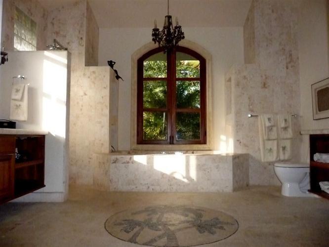 http://sosuarealestate.net/items/elegant-four-bedroom ...