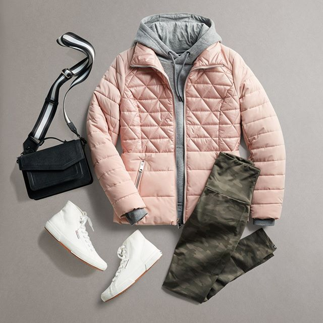 Tips For a Trendy Puffer Jacket Outfit | Outfits with