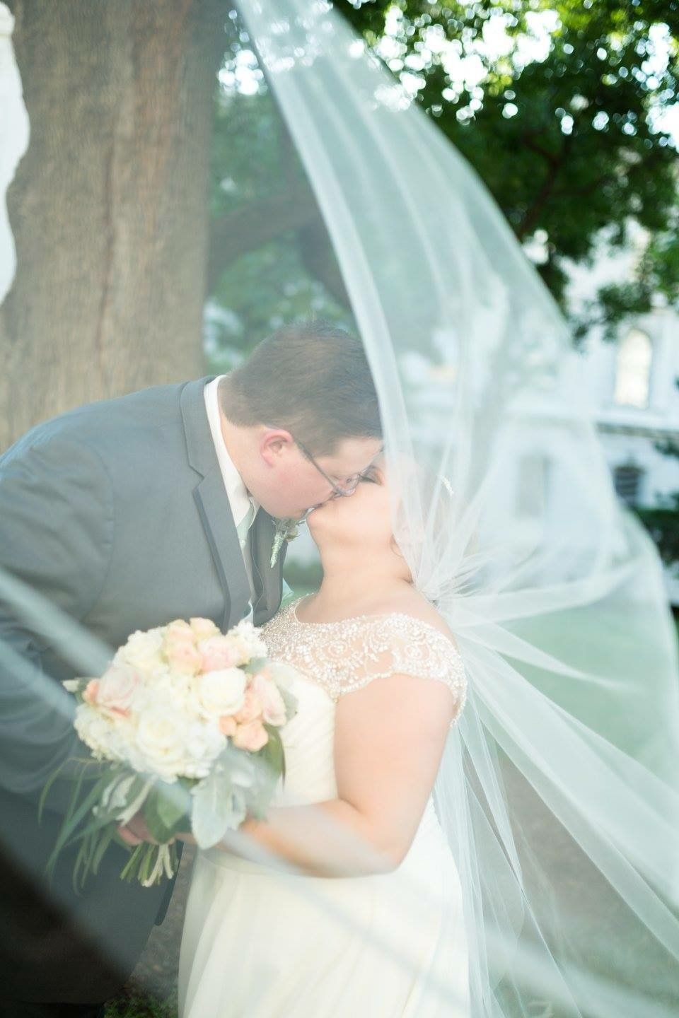 Picture through the flying veil | My Wedding (Photos from my actual ...