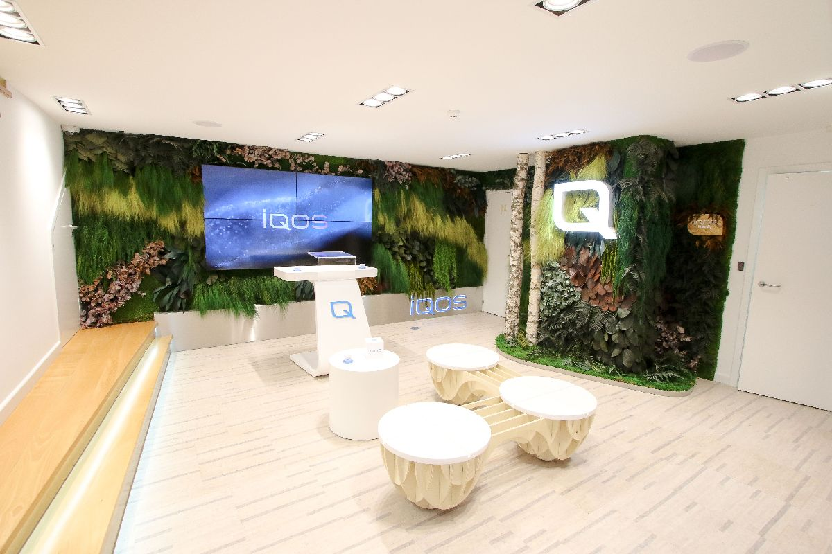 Iqos Flagship store - Green Creativity