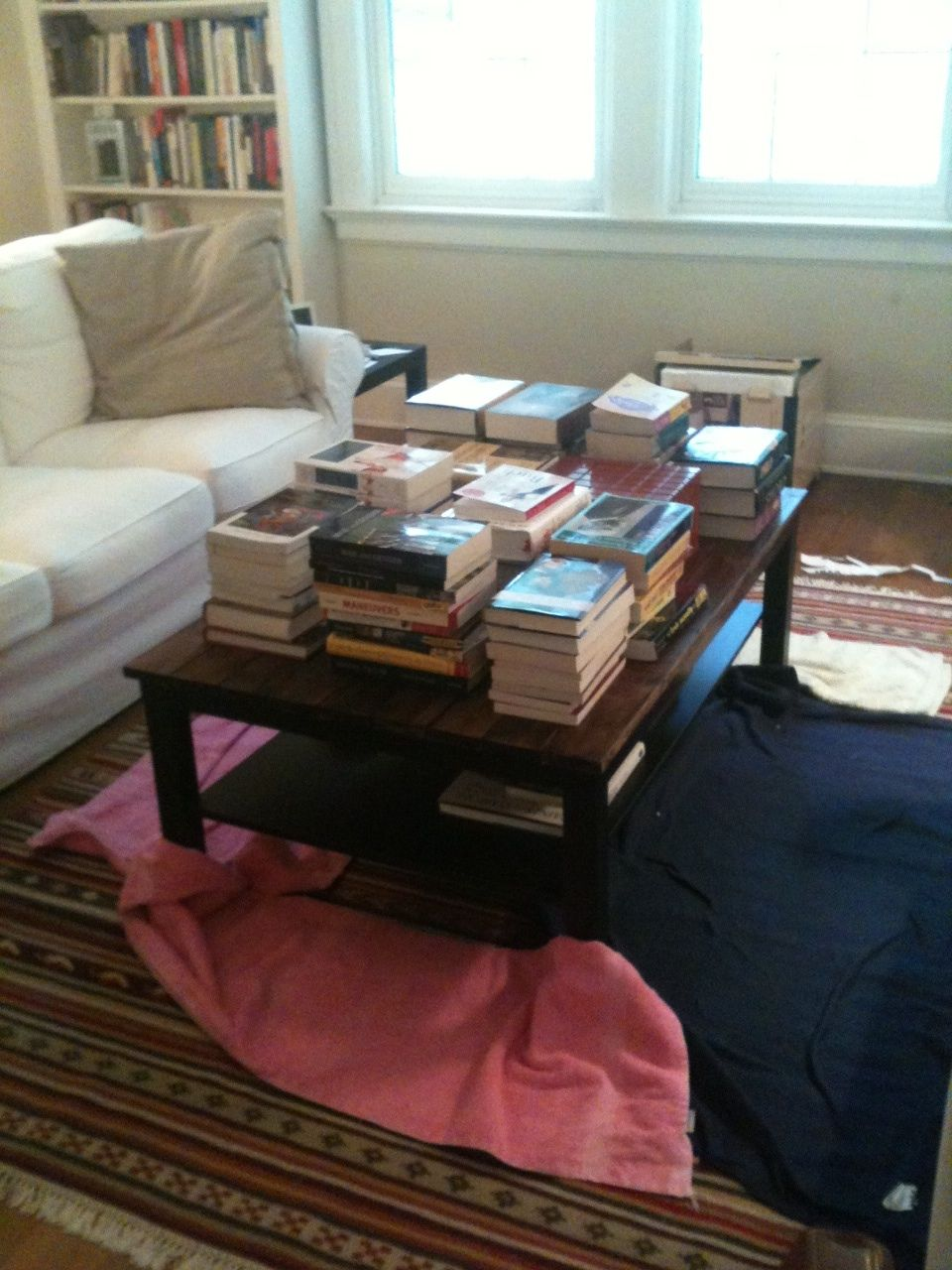 Diy rustic wood table - The Feminist Mystique Diy Rustic Wood Coffee Table Farm Table