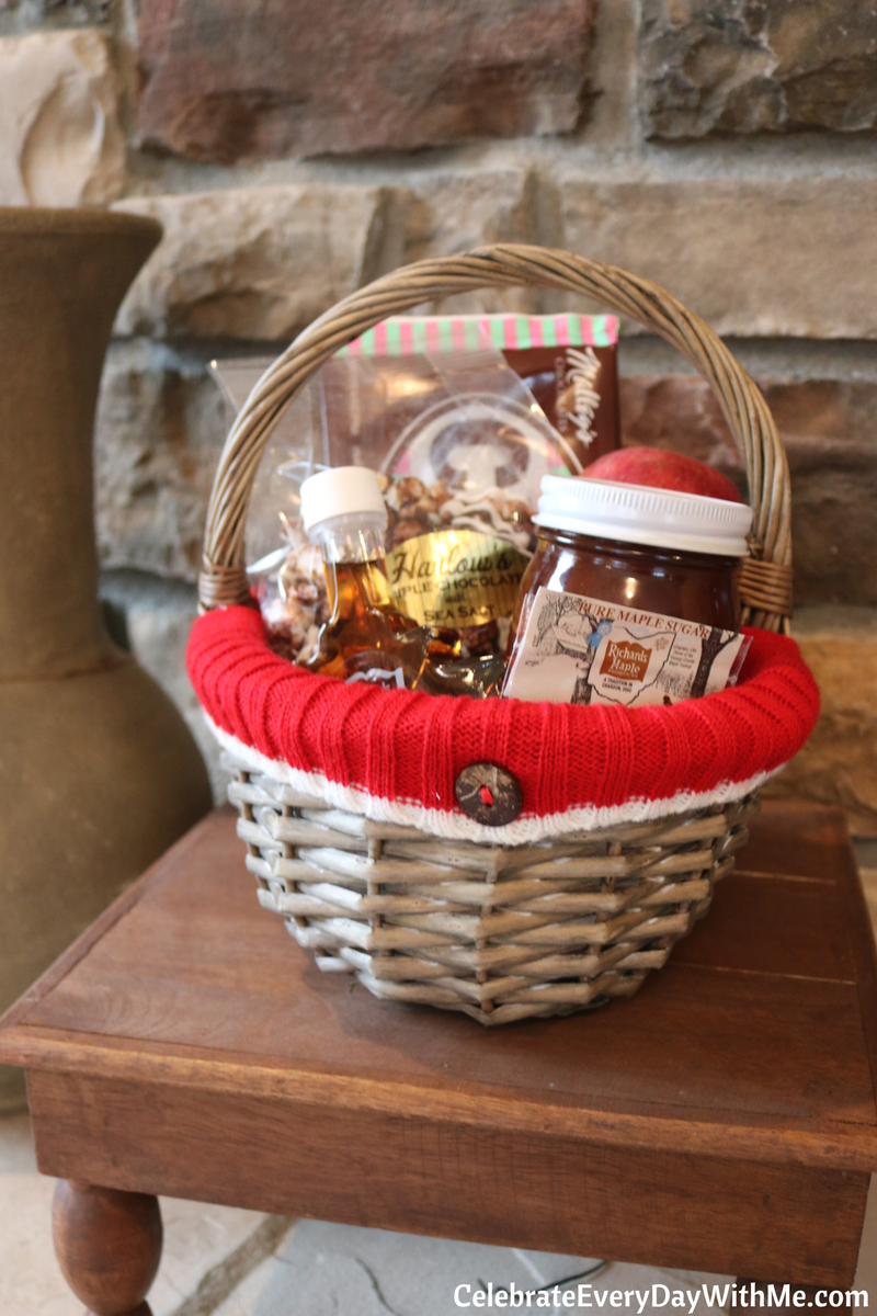 HOW TO: Themes & Tips for Building a Great Gift Basket | Christmas ...