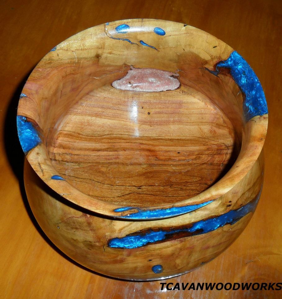 beautiful unique handmade wood bowls with epoxy resin. Black Bedroom Furniture Sets. Home Design Ideas