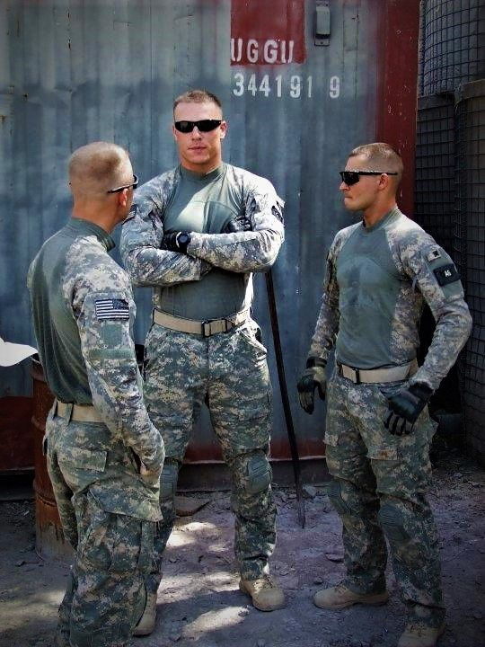 gros Dick hommes de l'armée sexe creampie pic