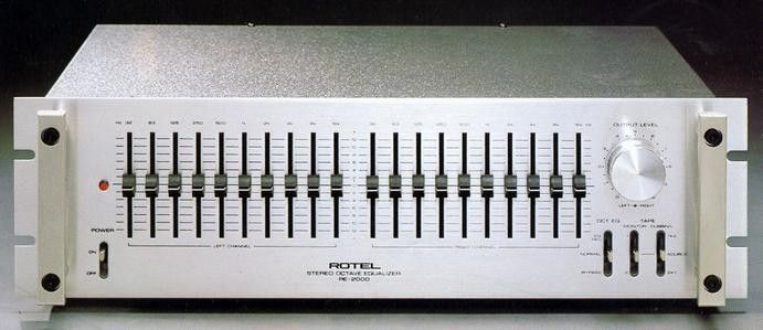 ROTEL RE-2000 (around the late 1970s)   Graphic Equalizers