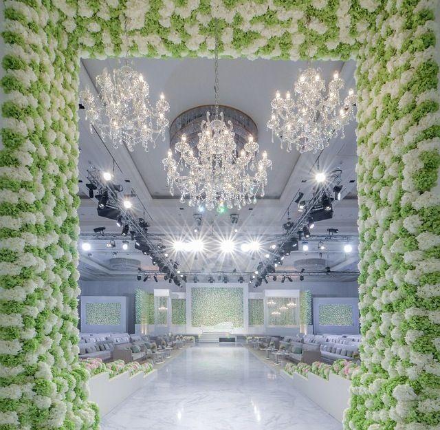 Modern wedding design - bride entrance | Wedding stage ...