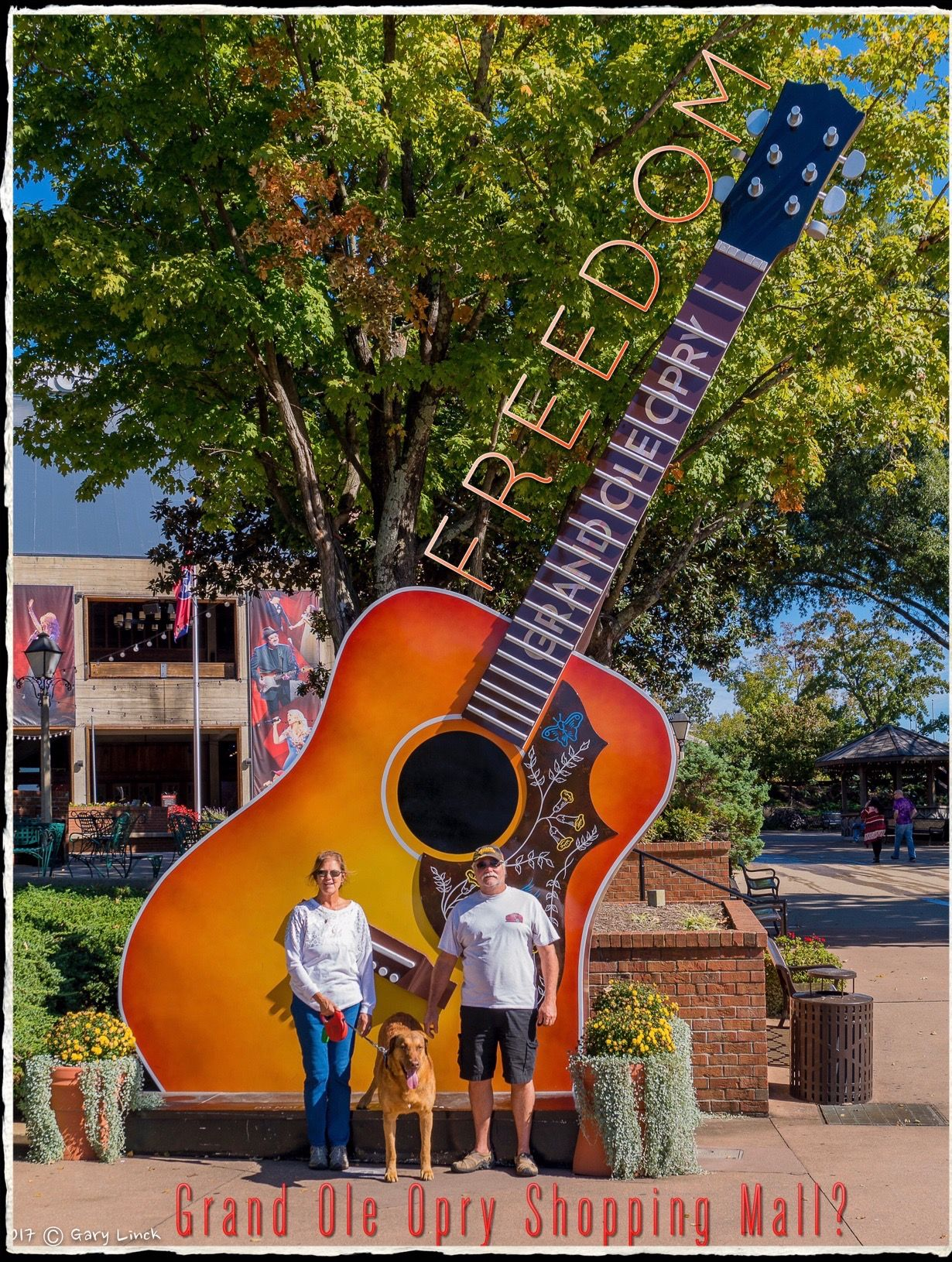 Freedom and family visits the Grand Ole Opry ! In a