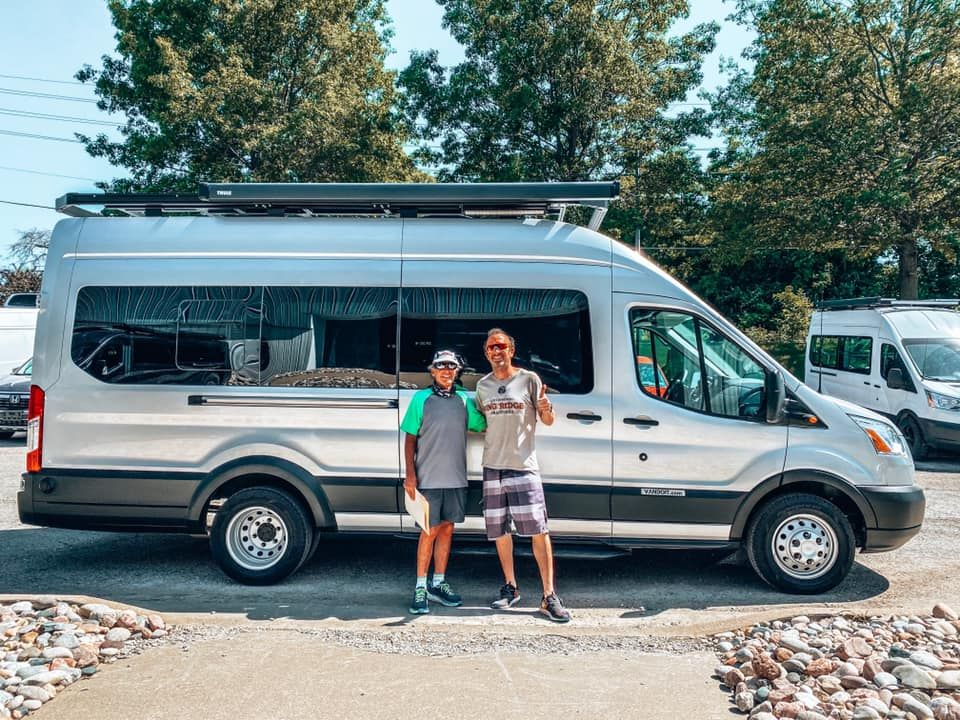 El Ford Transit Camper Van Built By Vandoit Out Of Blue Springs Mo In 2020 Ford Transit Transit Camper Ford Transit Camper