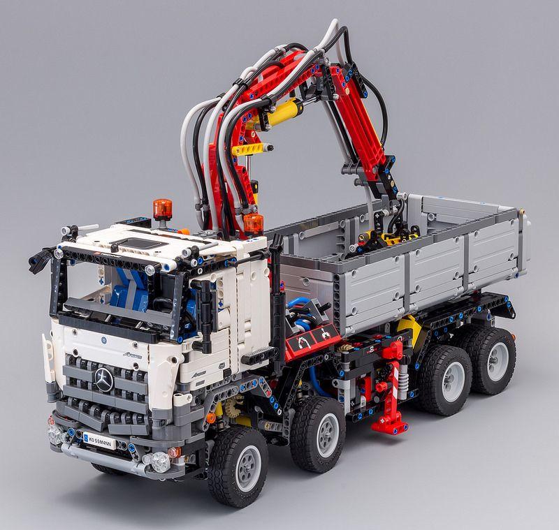lego 42043 mercedes benz arocs van oma gekregen lego. Black Bedroom Furniture Sets. Home Design Ideas