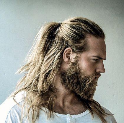 Oficial De La Marina De Noruega Es La Reencarnacion De Thor Taringa Long Hair Styles Men Man Ponytail Beard Styles
