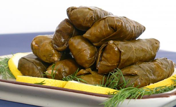 معلومات وغرائب فوائد ورق العنب Stuffed Grape Leaves Dolmades Recipe Food Magazine