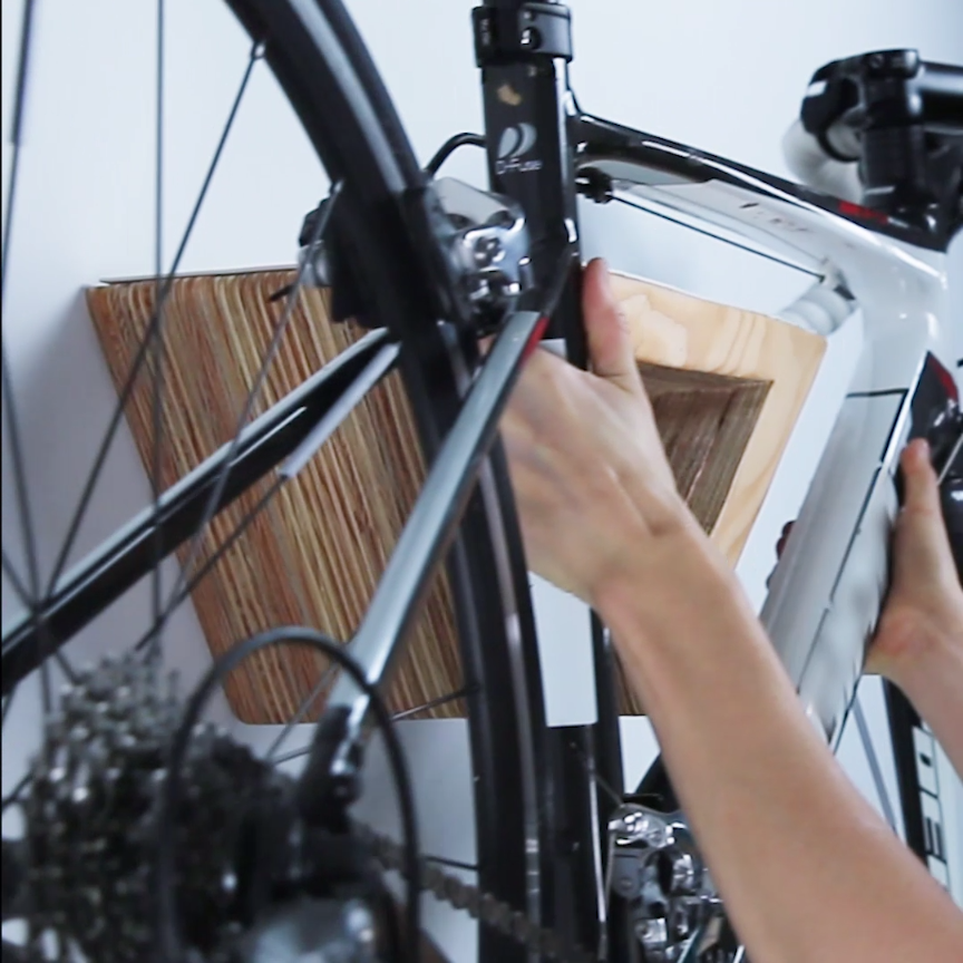 This DIY Wooden Bike Rack Will Look Gorgeous On Your Wall ...