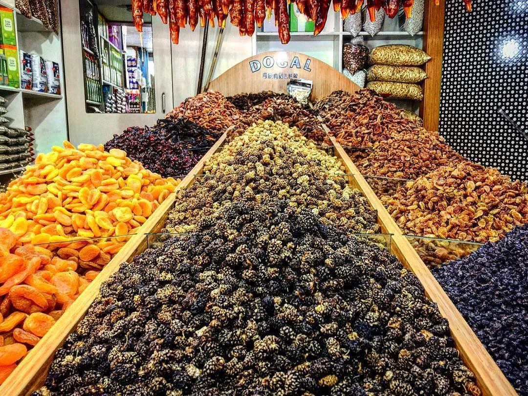 """""""Doğadan Sofraya.. #dutkurusu #kayısıkurusu #üzümkurusu #elmakurusu #erikkurusu #kirazkurusu #çakmaklar #doğal #doğadan #organik #farmtofork"""" via @cakmaklargida"""