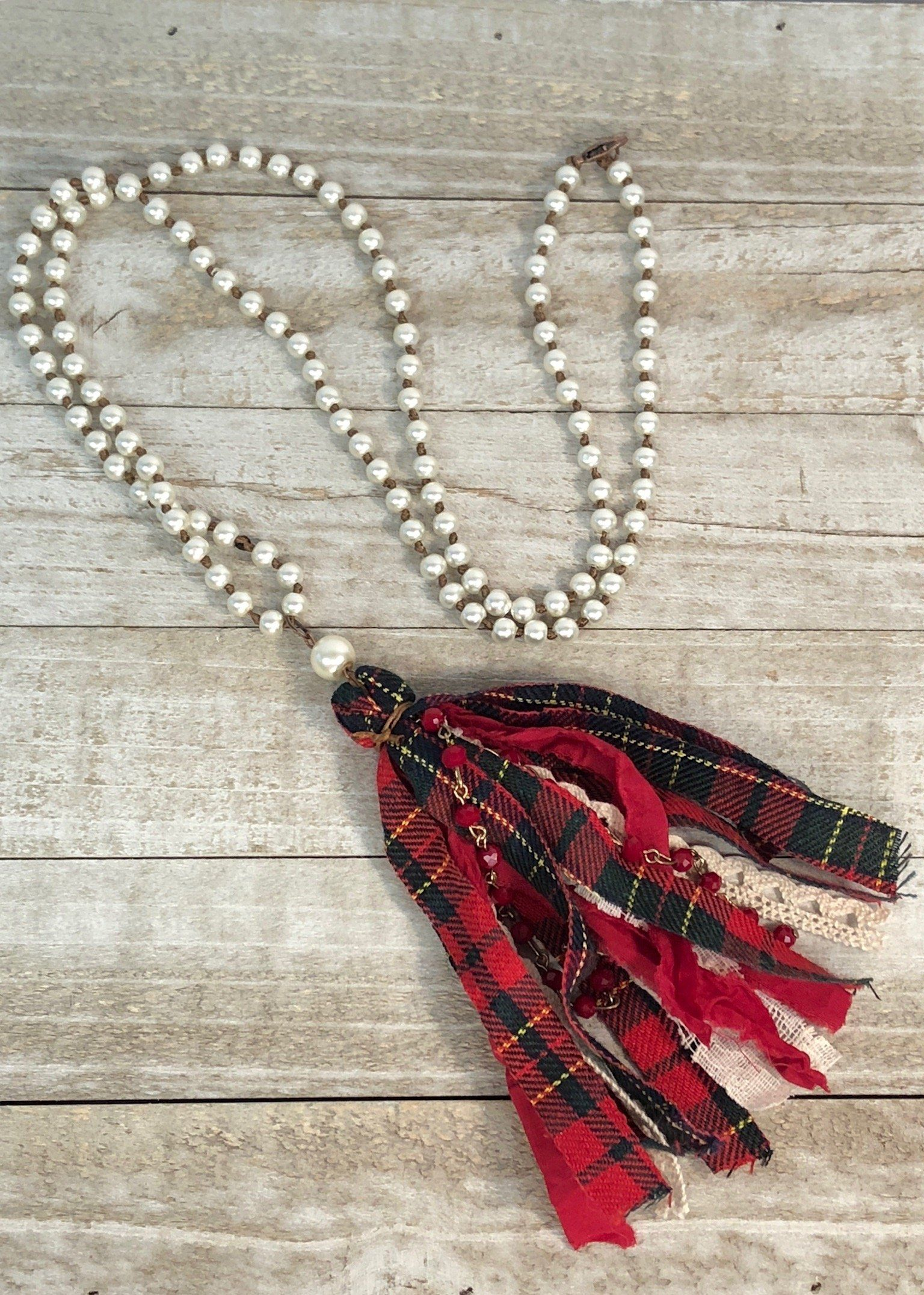 christmas pearl fabric tassel necklace