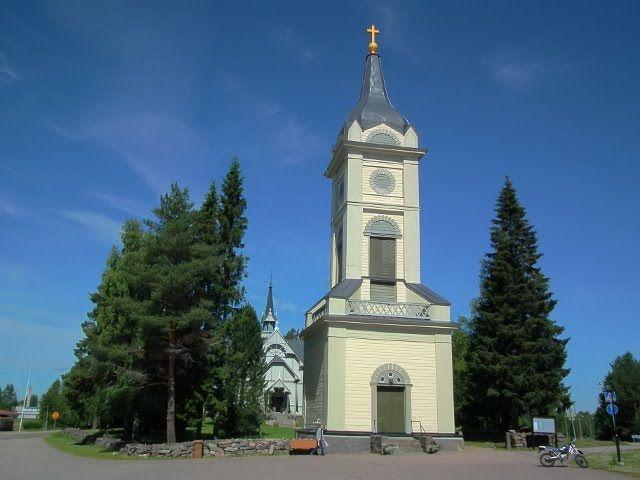 Pulkkilan kirkko ja tapuli. Pohjois-Pohjanmaa