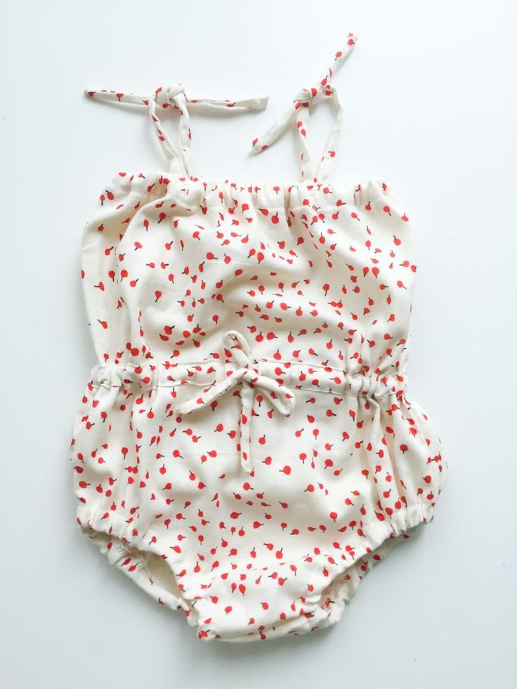 Draw-String-Baby-Romper-Anleitung-One-Little-Minute-Blog-1   baby ...