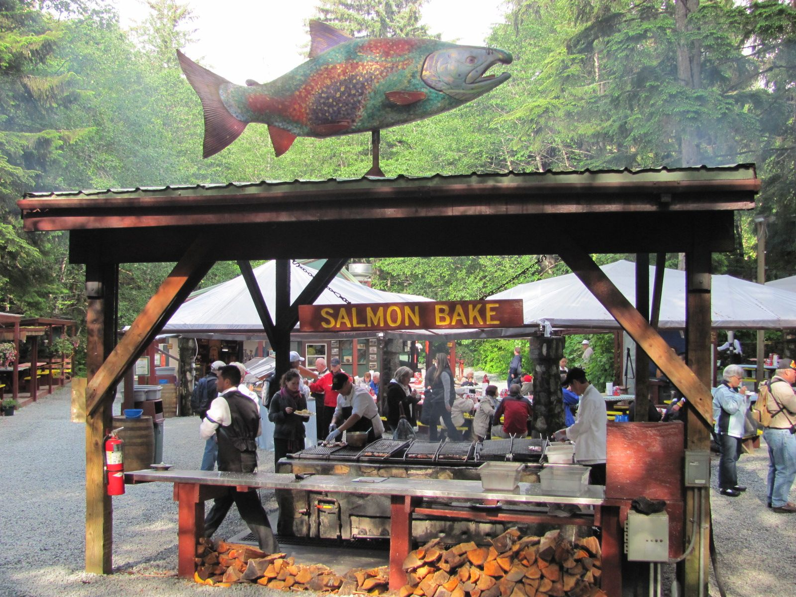 Alaskan Salmon Bake Immerse Yourself In An Allinclusive Alaskan - Alaska all inclusive