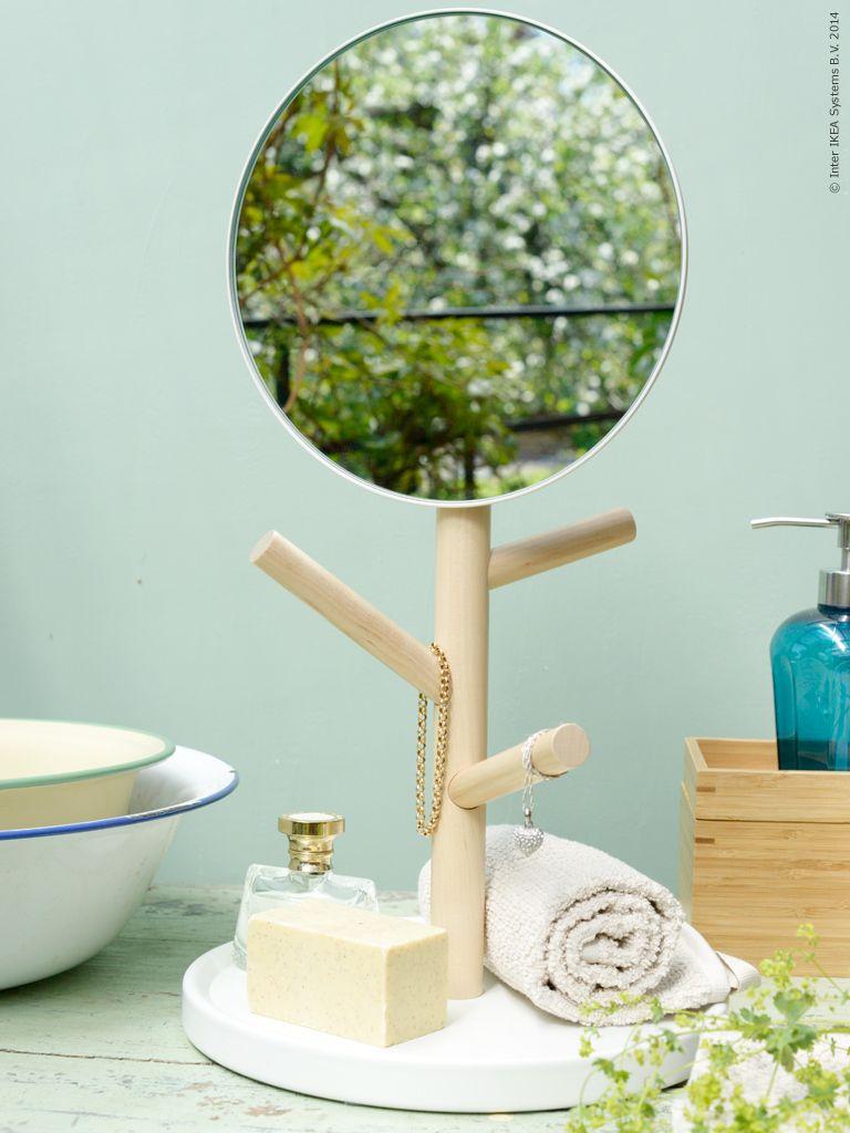 den h r rara nydesignade spegeln i serien ikea ps 2014 p minner mig om en liten minim bel med. Black Bedroom Furniture Sets. Home Design Ideas