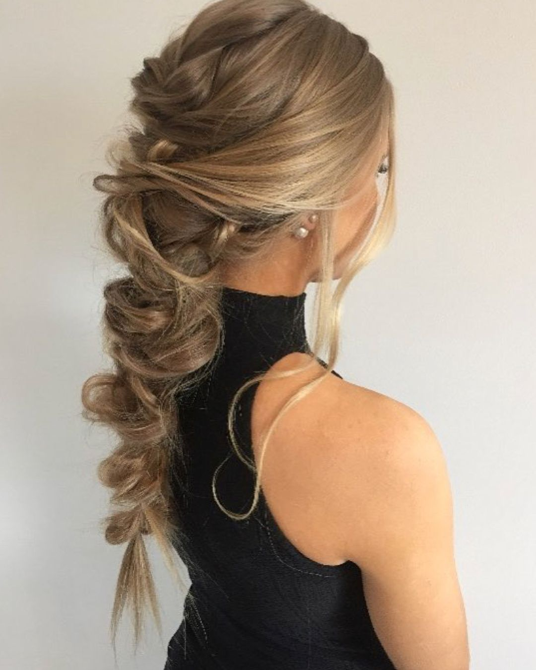 Messy Braid For The Maid Of Honor Bridesmaid Hair Messy Hairstyles Hair Styles