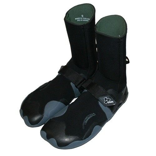 Dacane surfshop Store - 8mm Infiniti R/T Boot, $74.99 (http://www.dacanesurfshop.com/8mm-infiniti-r-t-boot/)
