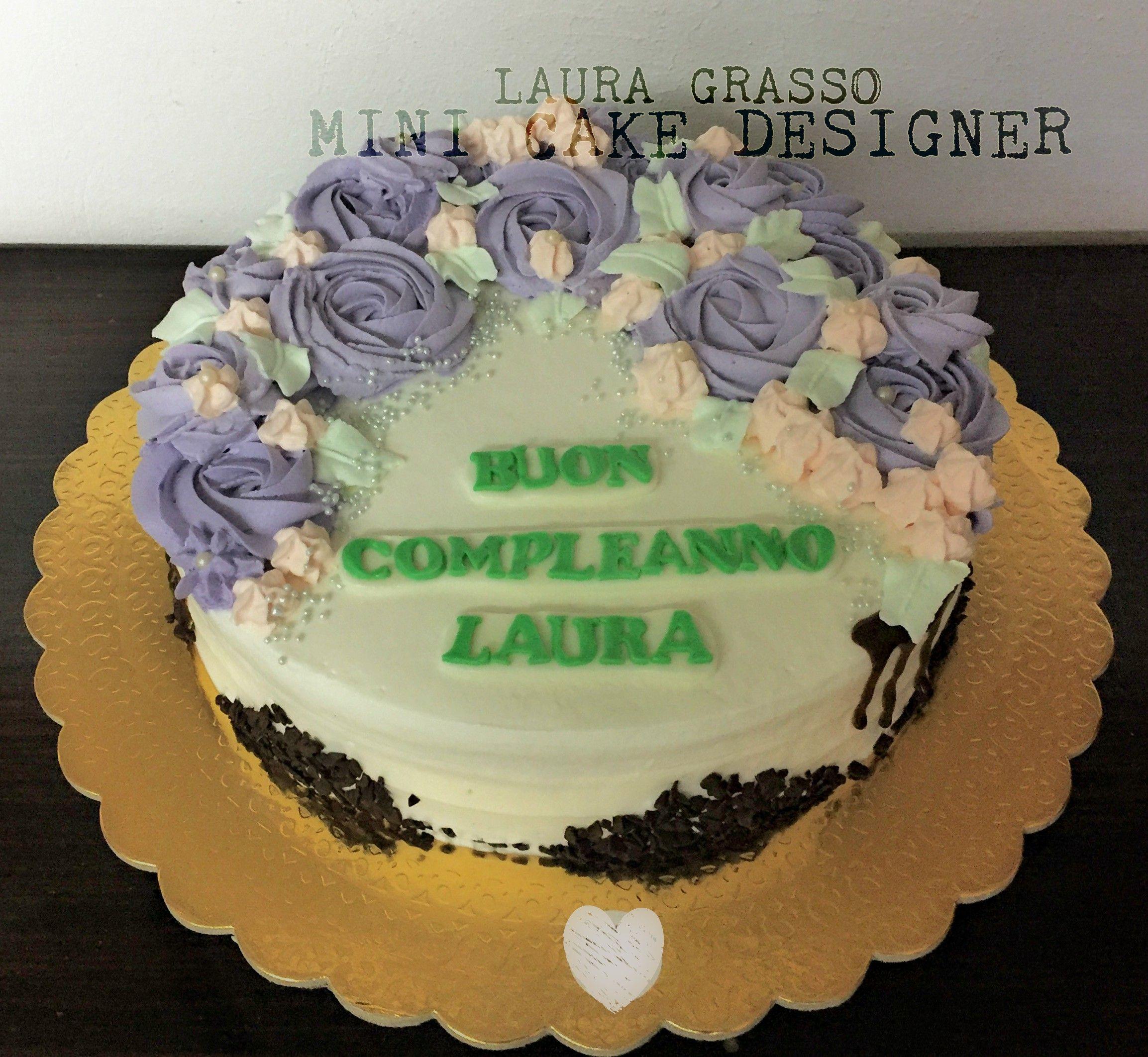 Torta Compleanno Laura.La Mia Torta Di Compleanno 3 Rose Cake Con Crema Bianca E Fragole